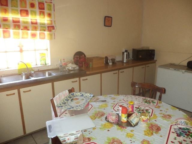 3 Bedroom House For Sale in Swartberg