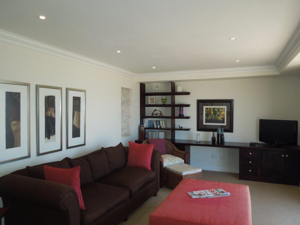 8 Bedroom House For Sale in Plettenberg Bay Central