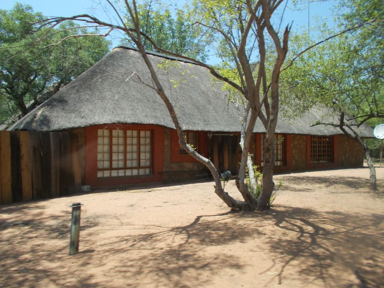 18 Bedroom House To Rent in Lephalale Rural