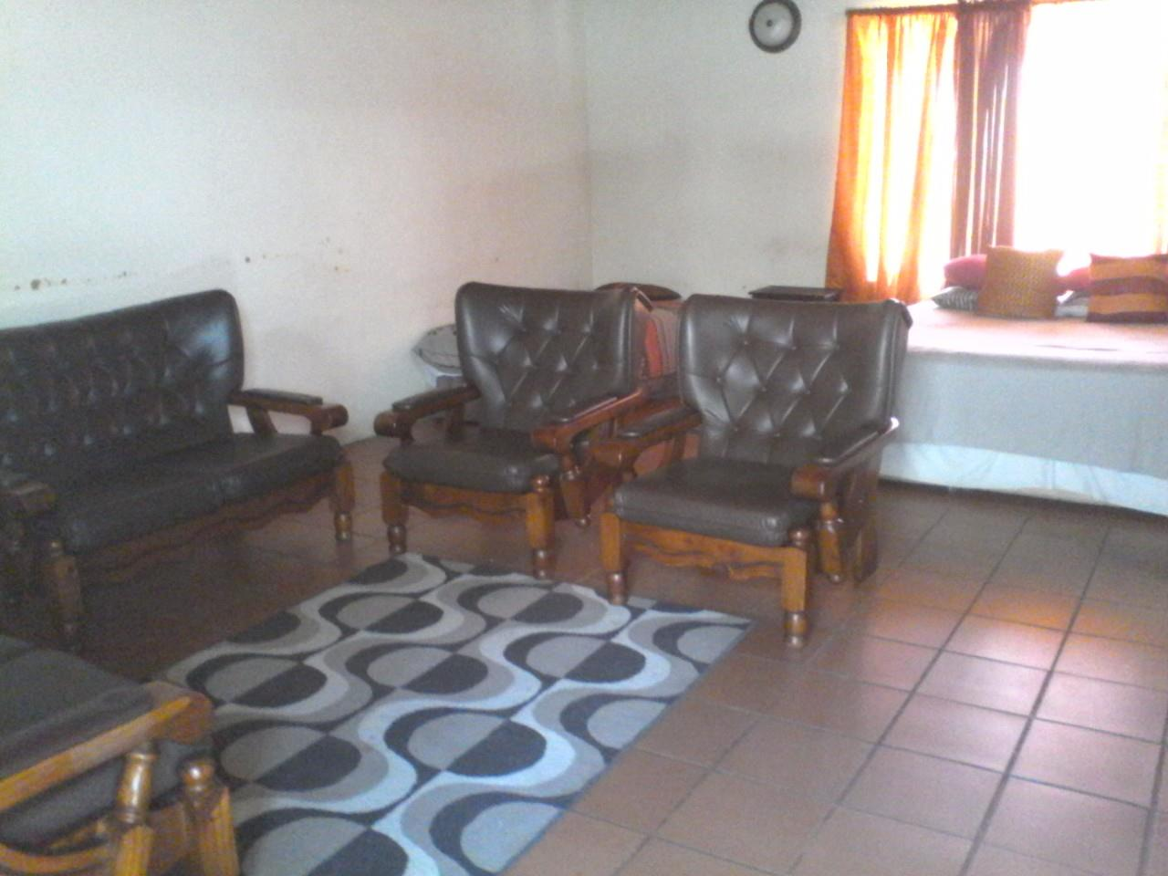 17 Bedroom House To Rent in Lephalale Rural
