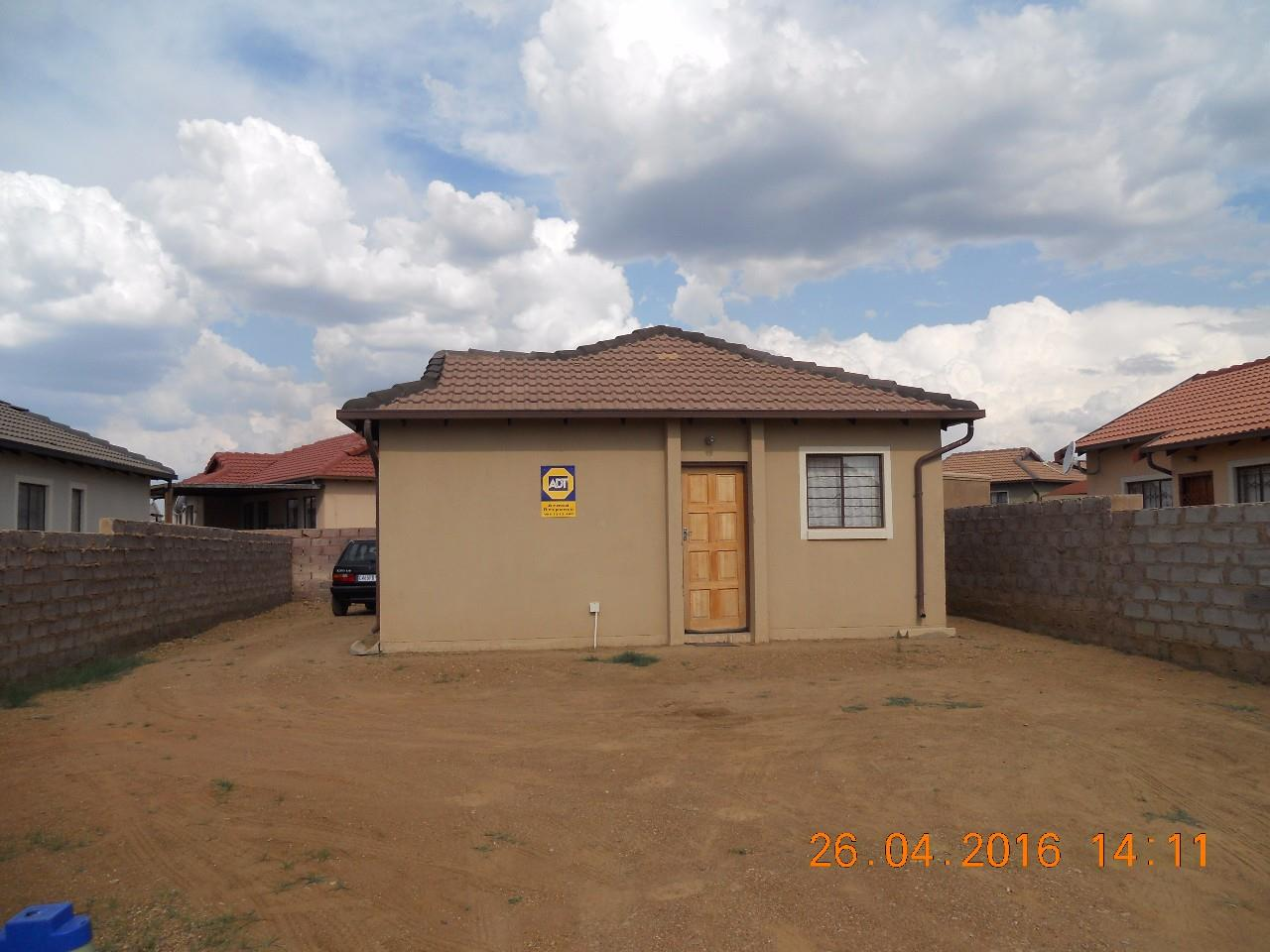 3 Bedroom House For Sale In Nellmapius Re Max Of Southern Africa