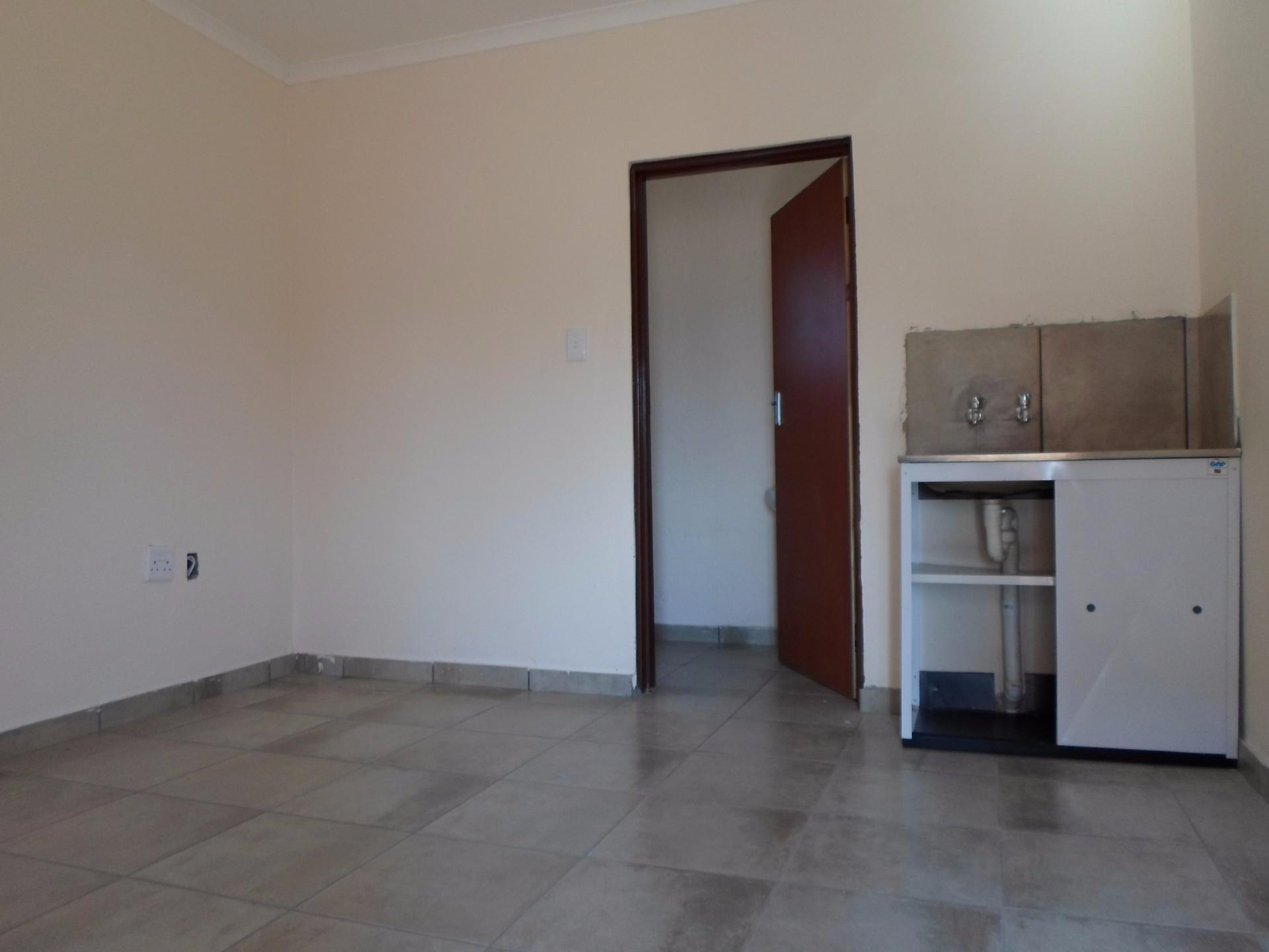 16 Bedroom Apartment / Flat To Rent in Marapong
