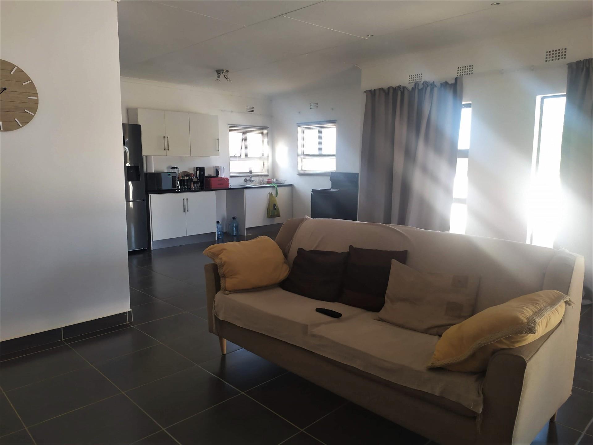 3 Bedroom House For Sale in Rasesa