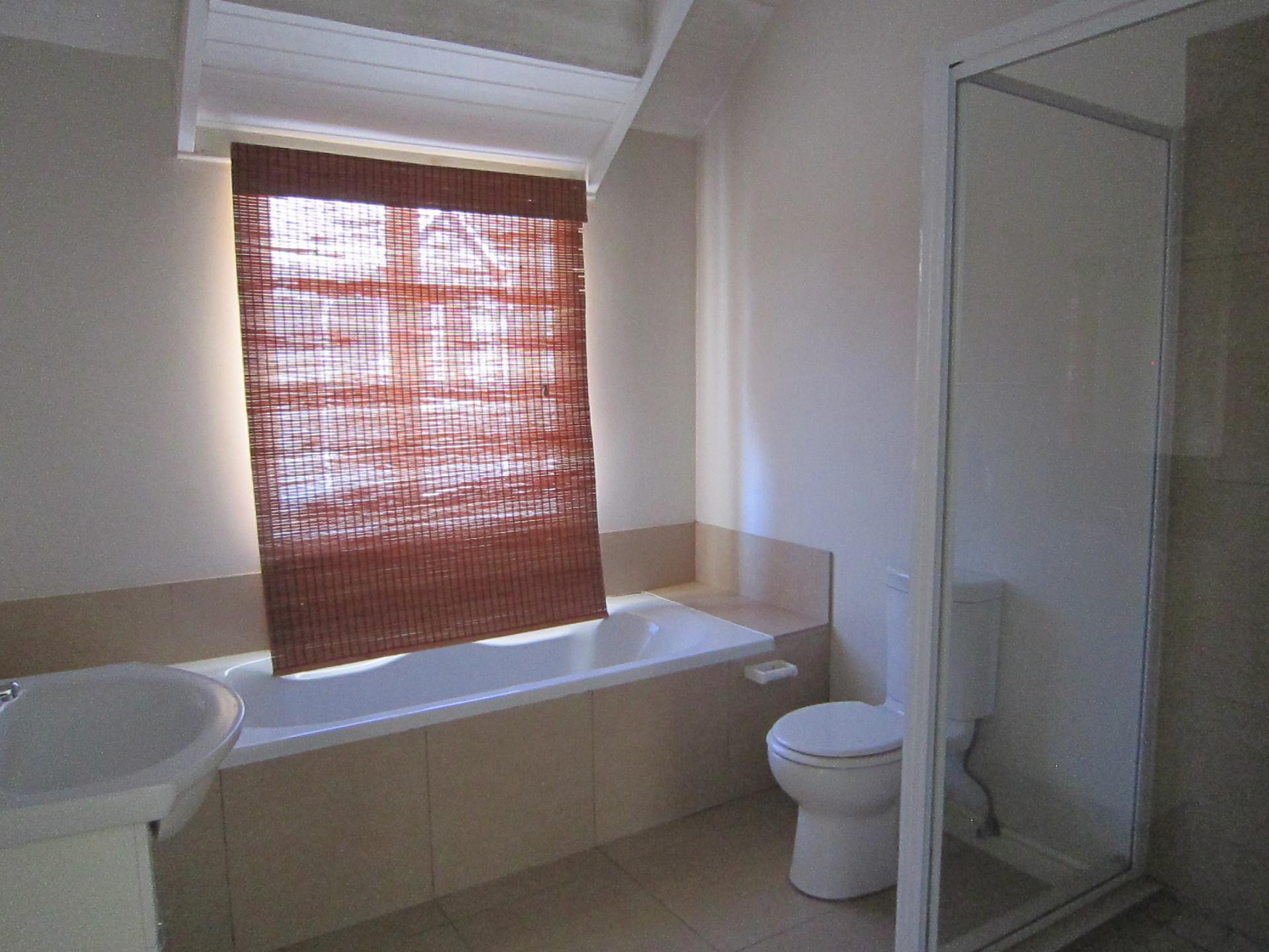 2 Bedroom House For Sale in Riebeek West