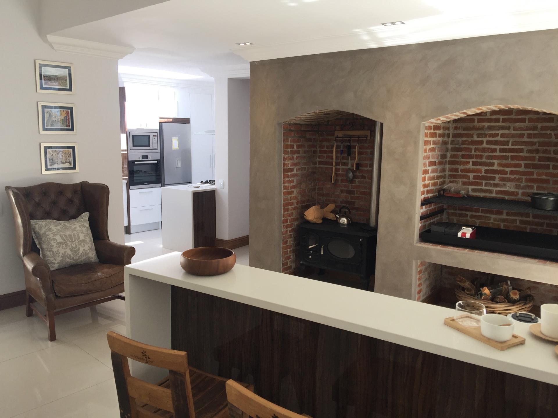 3 Bedroom House For Sale in Franschhoek