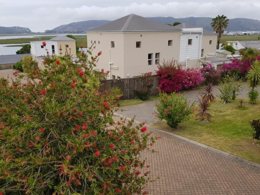 4 Bedroom Townhouse For Sale in Costa Sarda