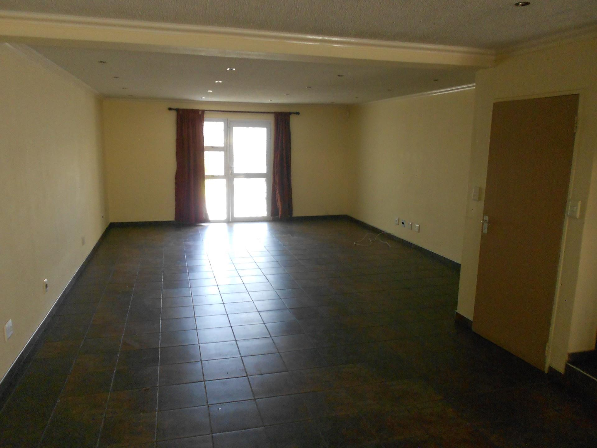 3 Bedroom Townhouse For Sale in Ludwigsdorf