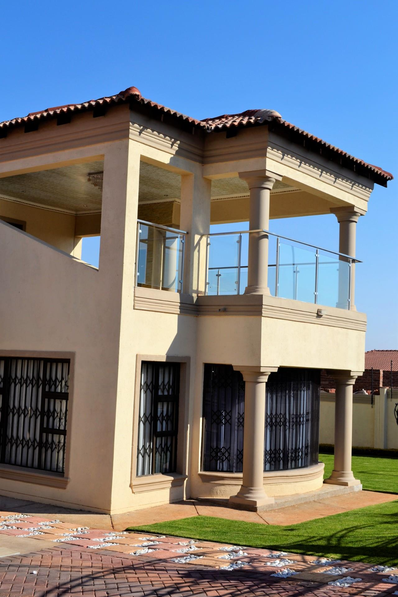 5 bedroom house for sale in serala view  remax™ of