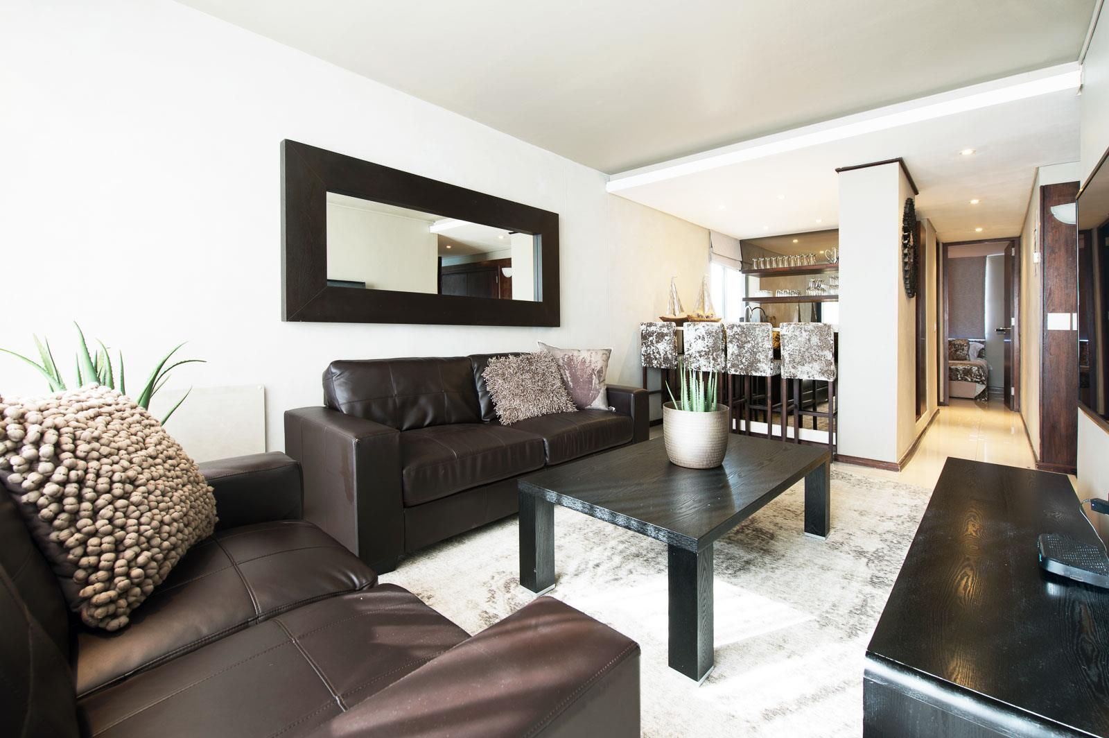 4 Bedroom Apartment / Flat For Sale in Bloubergstrand