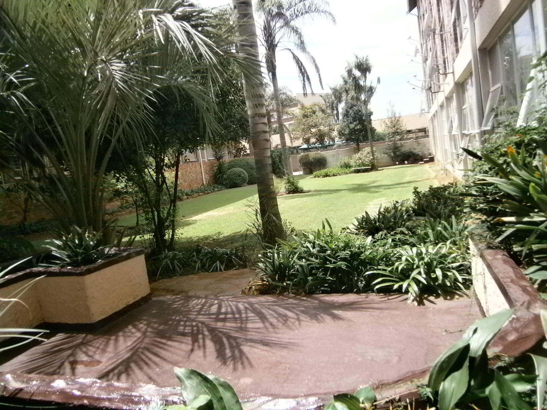 2 Bedroom Apartment / Flat For Sale in Horison View