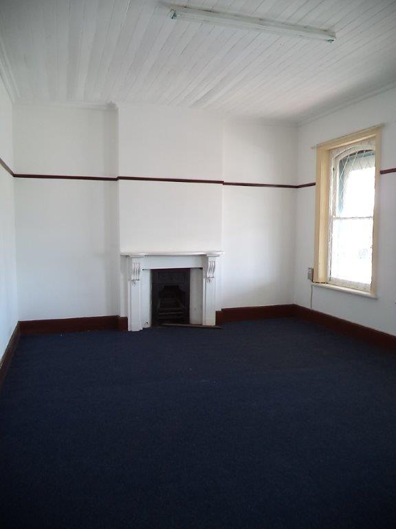 3 Bedroom Apartment / Flat To Rent in Grahamstown Central