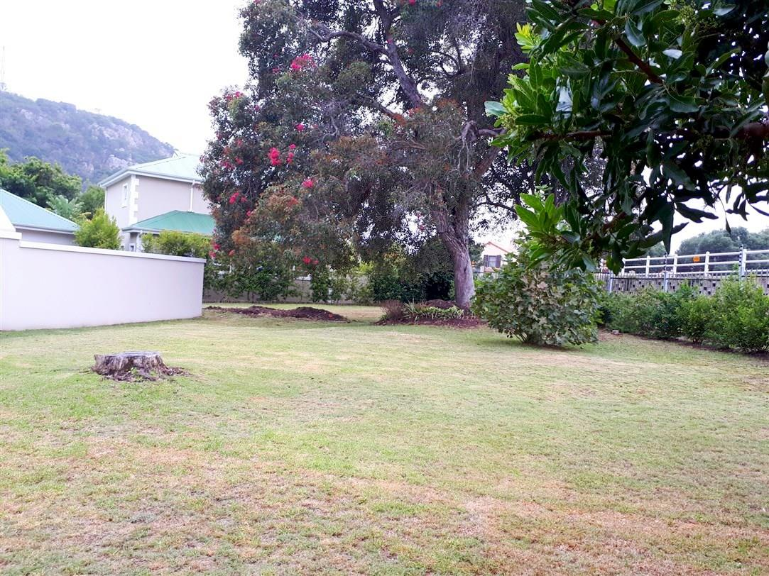 Vacant Land / Plot in River Club For Sale