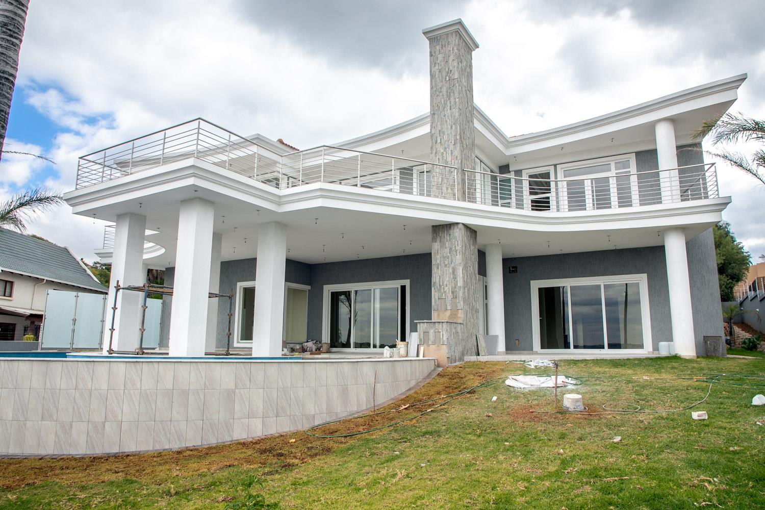 6 Bedroom House For Sale In Waterkloof Ridge Re Max Of Southern Africa