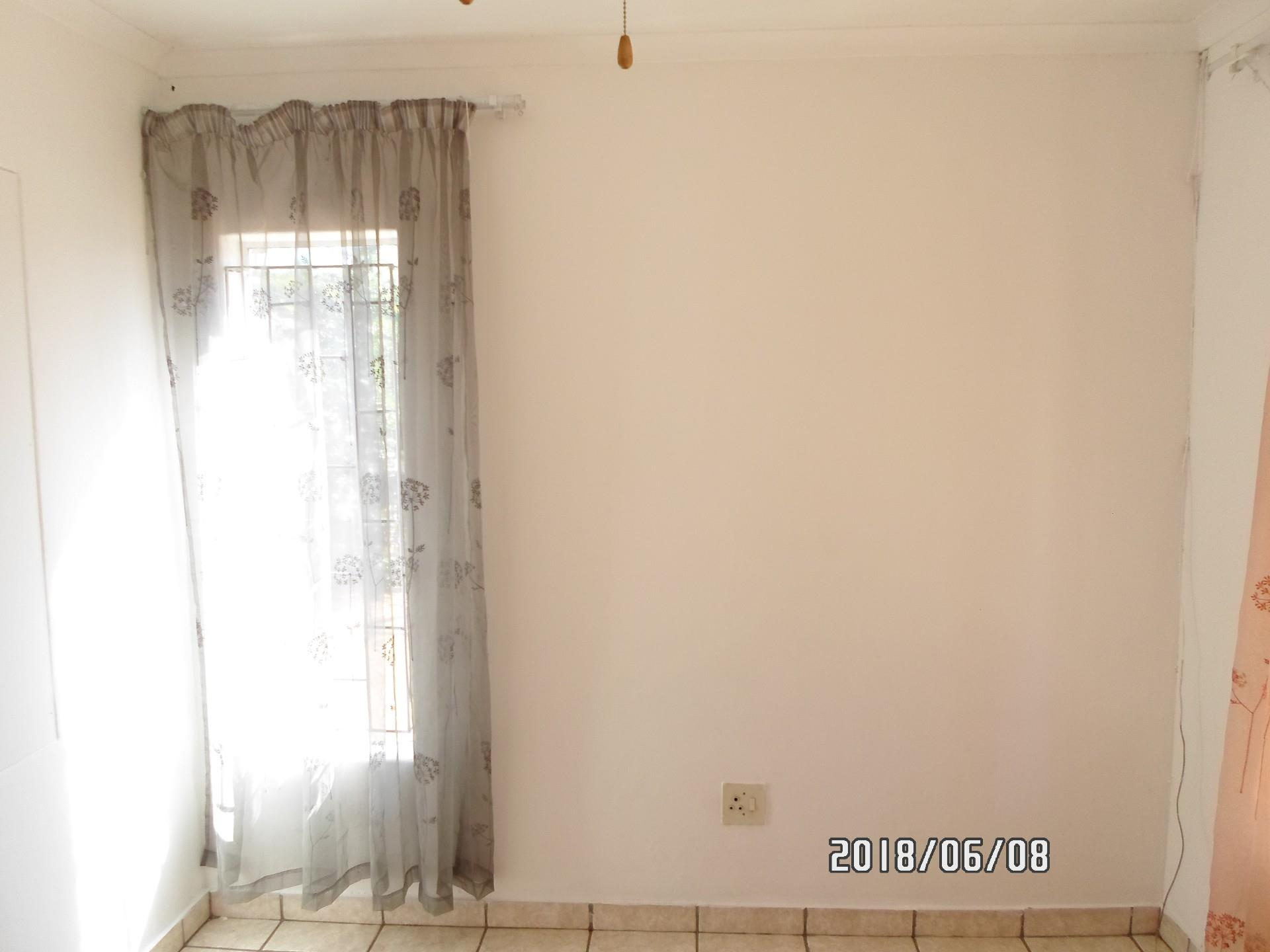 3 Bedroom House To Rent in Marapong