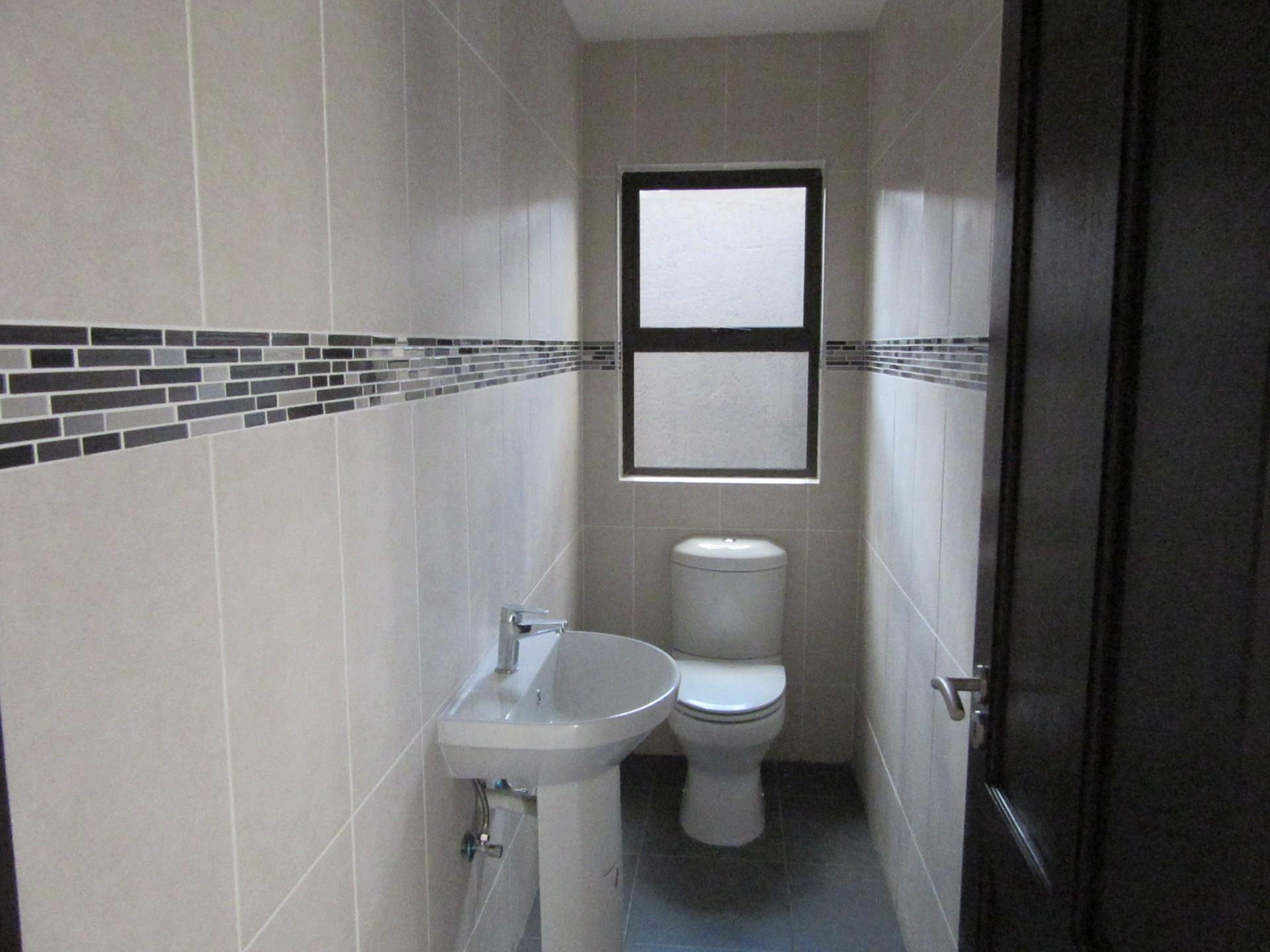 2 Bedroom House For Sale in Klein Windhoek