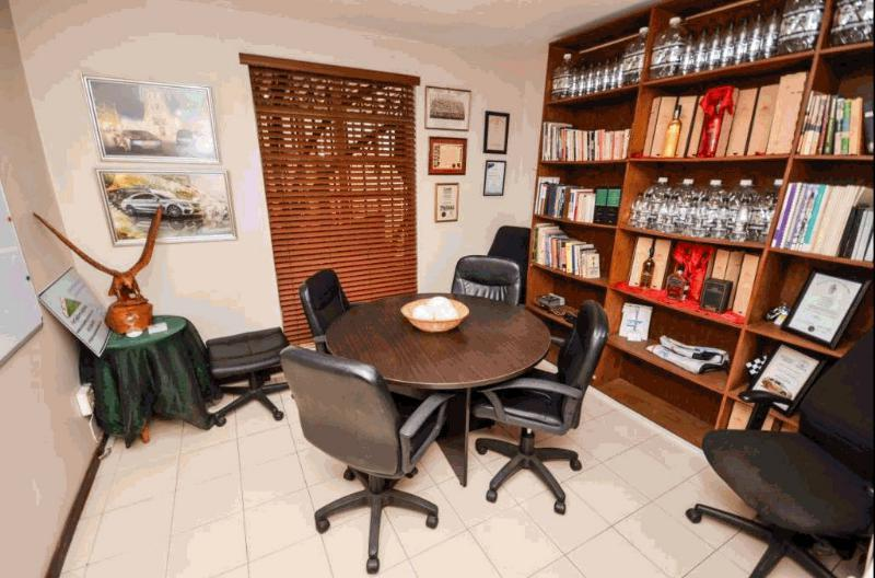 4 Bedroom House For Sale in Capital Park