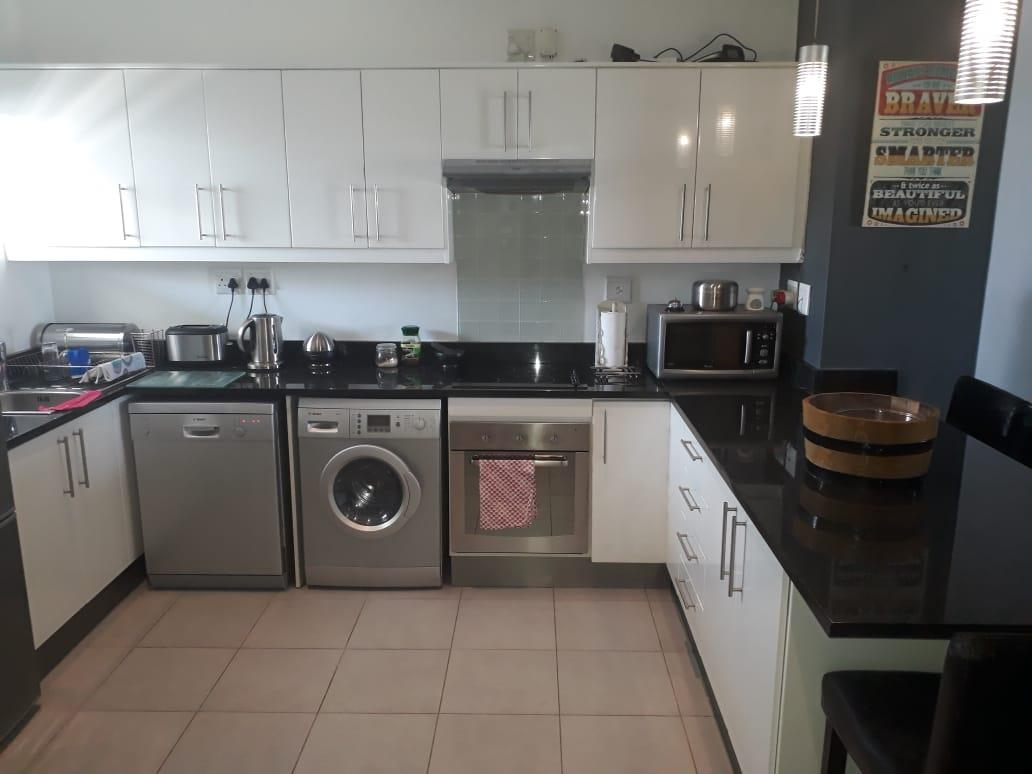 2 Bedroom Apartment / Flat For Sale in Stellenbosch Central