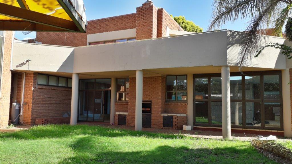 5 bedroom house for sale in lenasia south  remax™ of