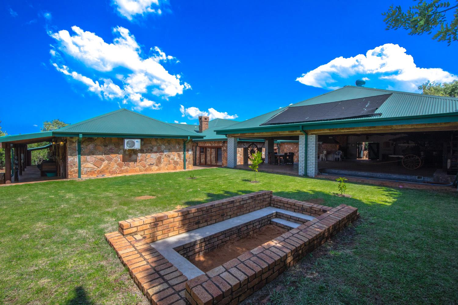 4 Bedroom House To Rent in Mooikloof Equestrian Estate