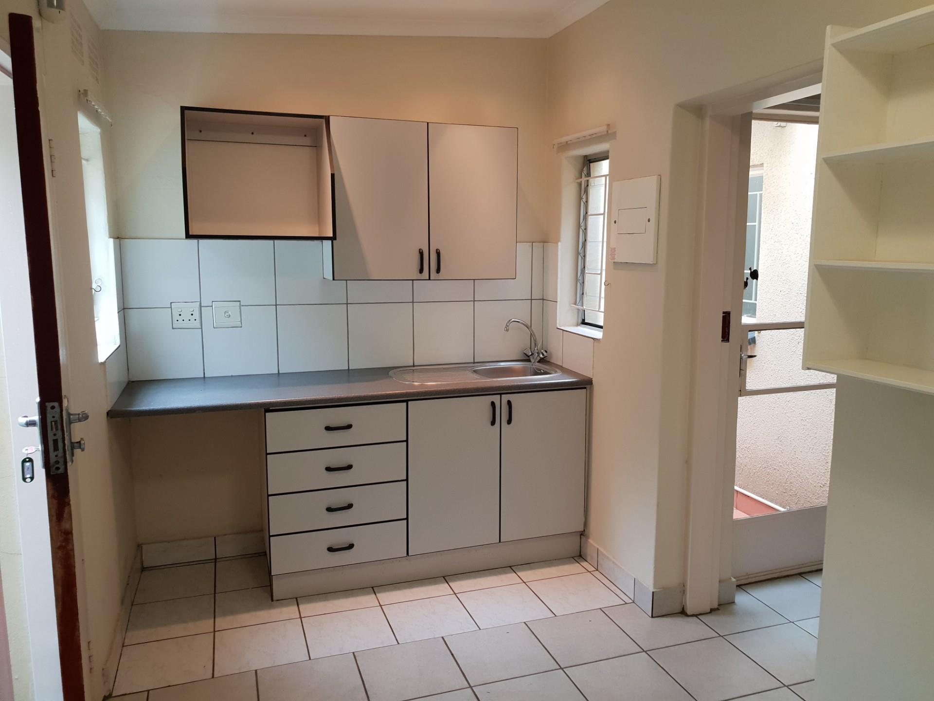 1 Bedroom House To Rent in Colbyn