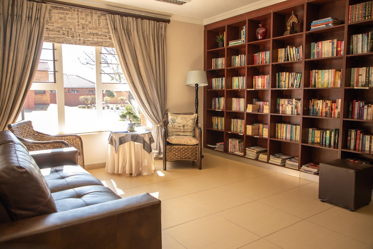 2 Bedroom House For Sale in Willow Park Manor