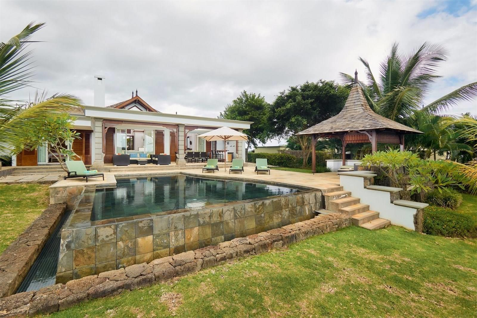 4 Bedroom House For Sale in Bel Ombre