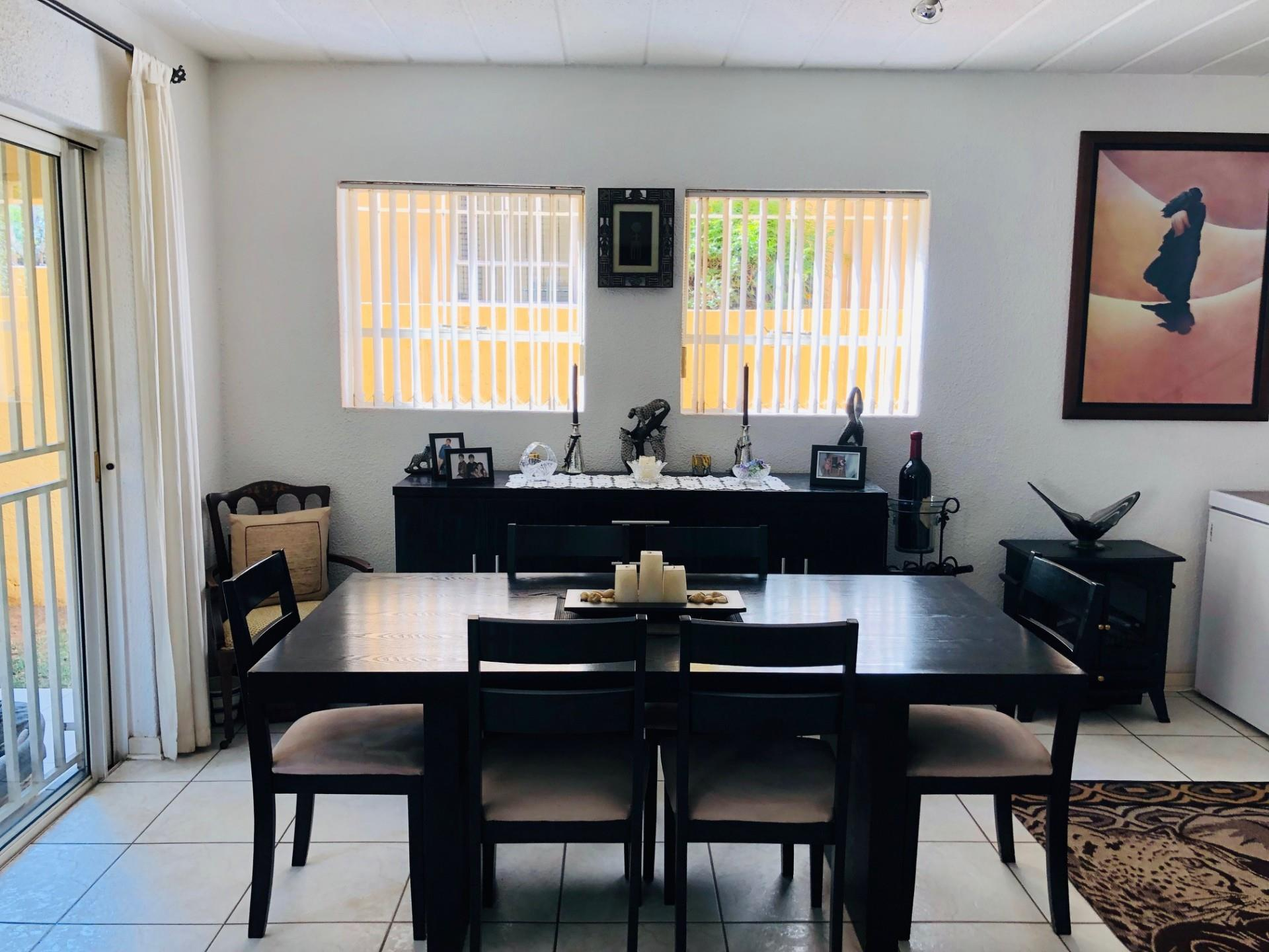 2 Bedroom House For Sale in Eden Glen