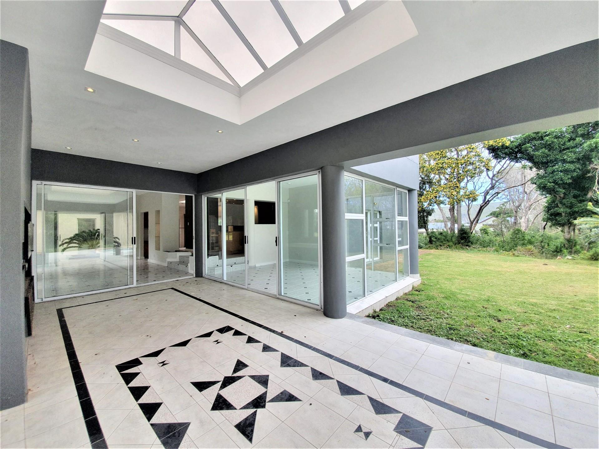 5 Bedroom House For Sale in Welbedacht