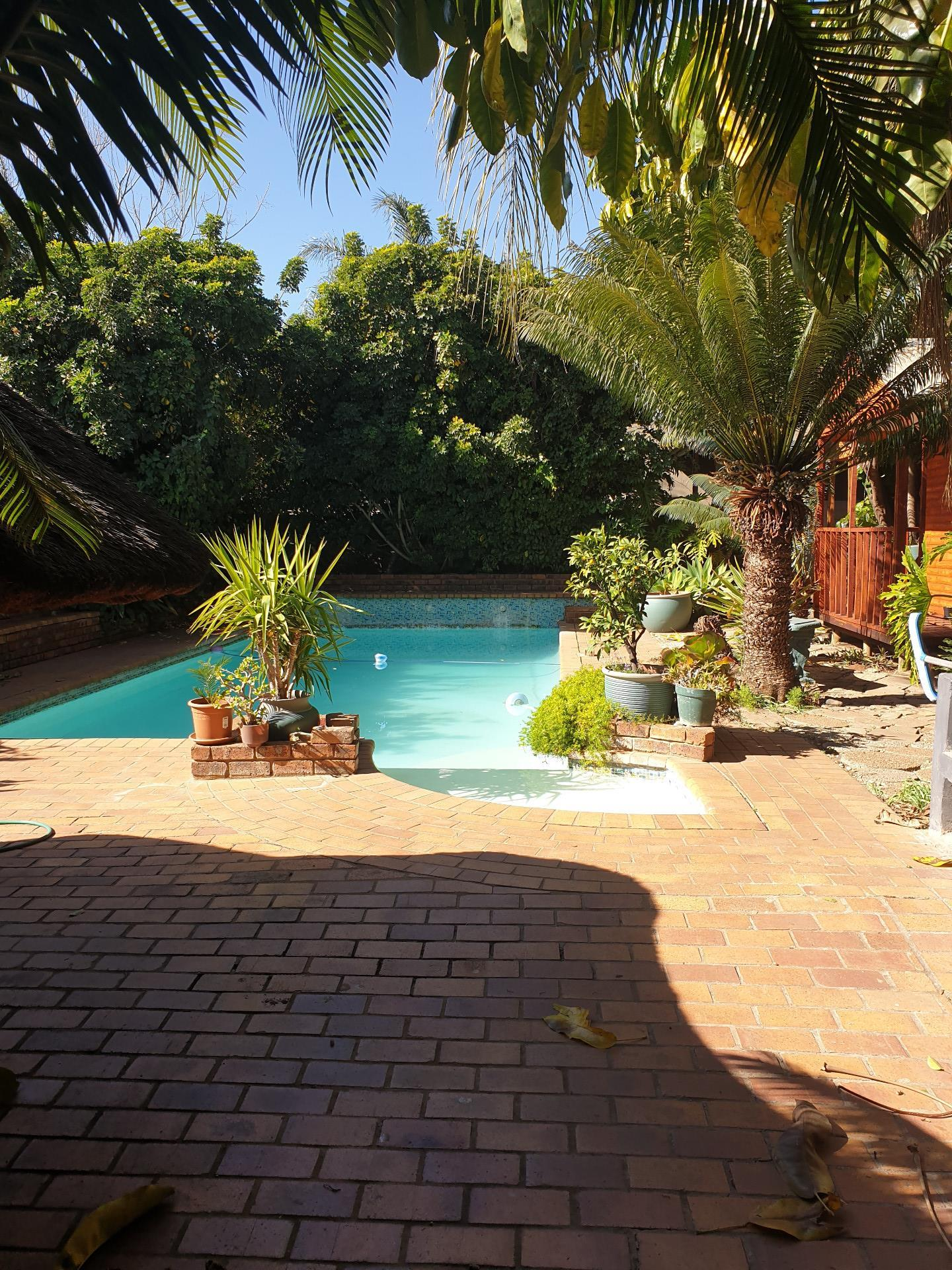 6 Bedroom House For Sale in Capital Park