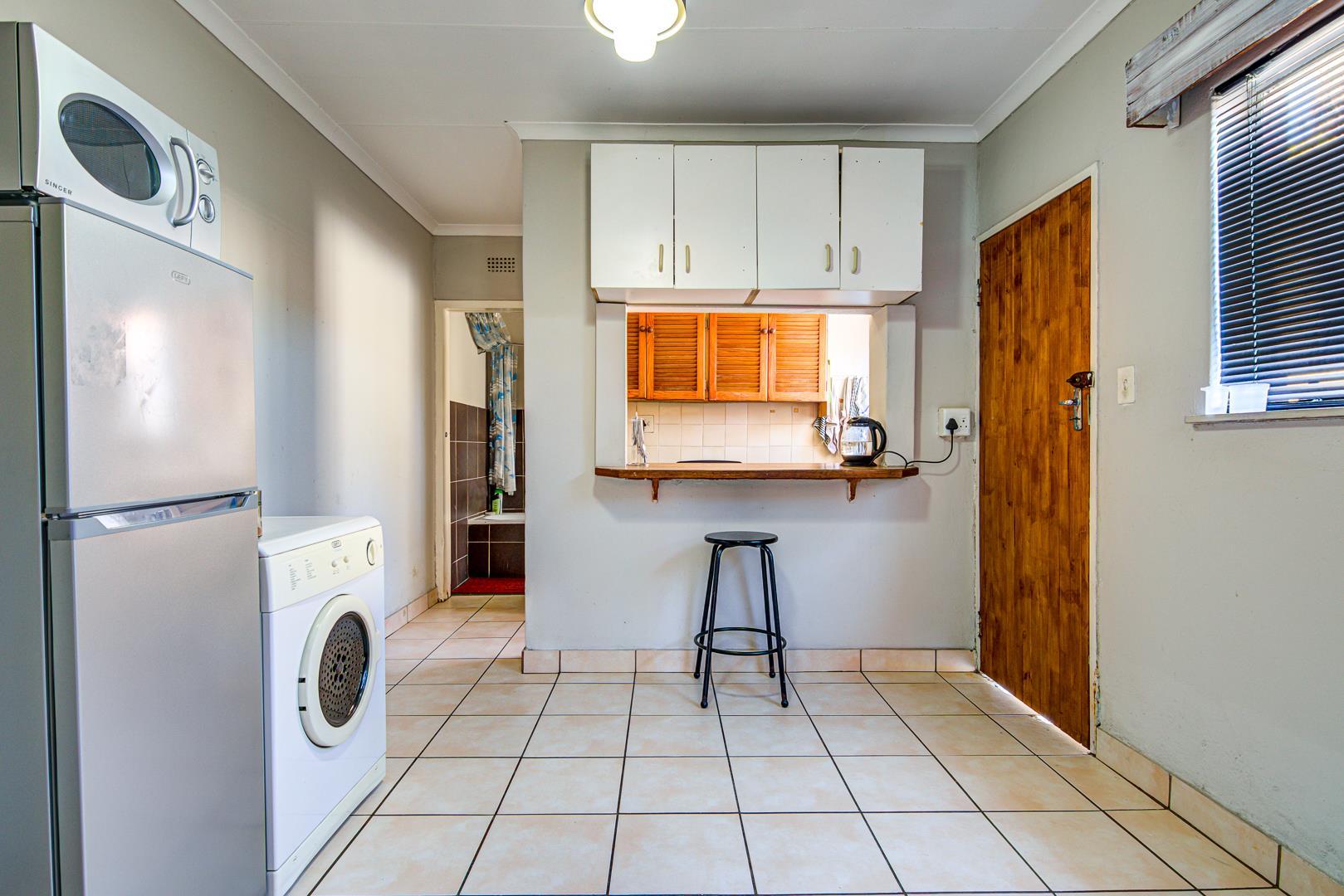 3 Bedroom House For Sale in Edleen