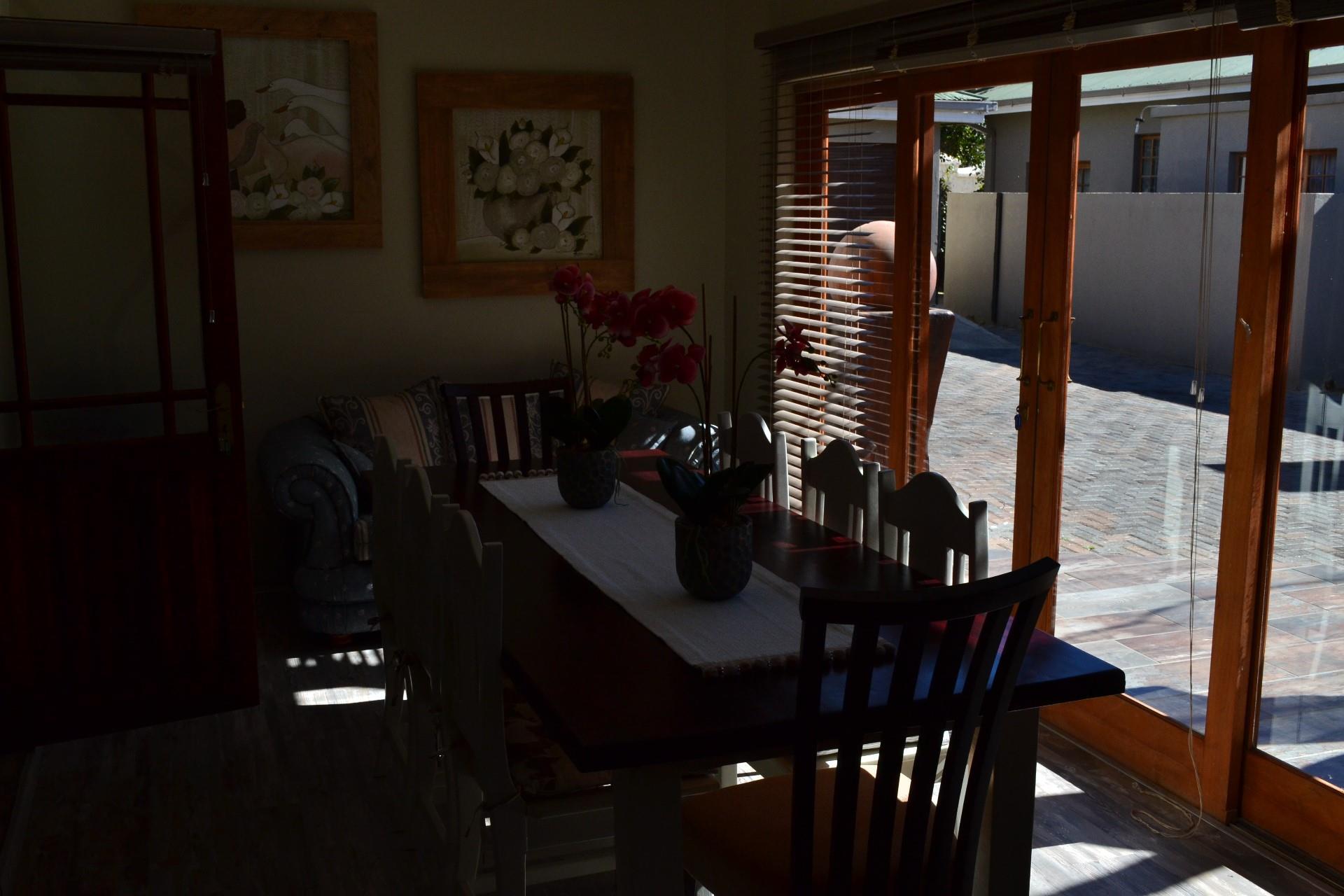 9 Bedroom House For Sale in Eureka