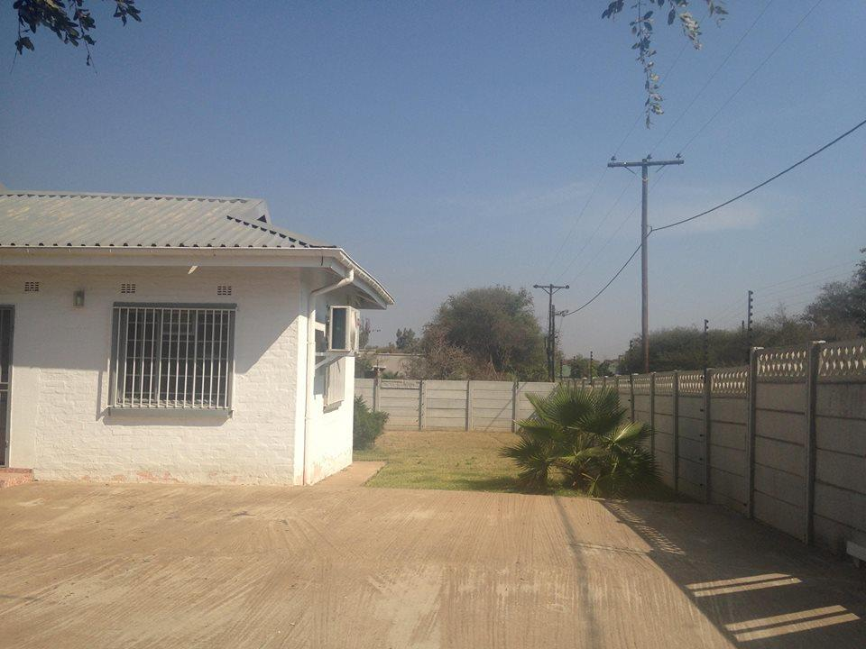 3 Bedroom House For Sale in Francistown Central