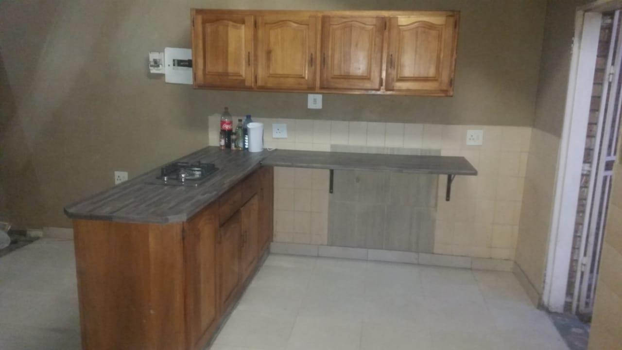 2 Bedroom House For Sale in Witbank Central