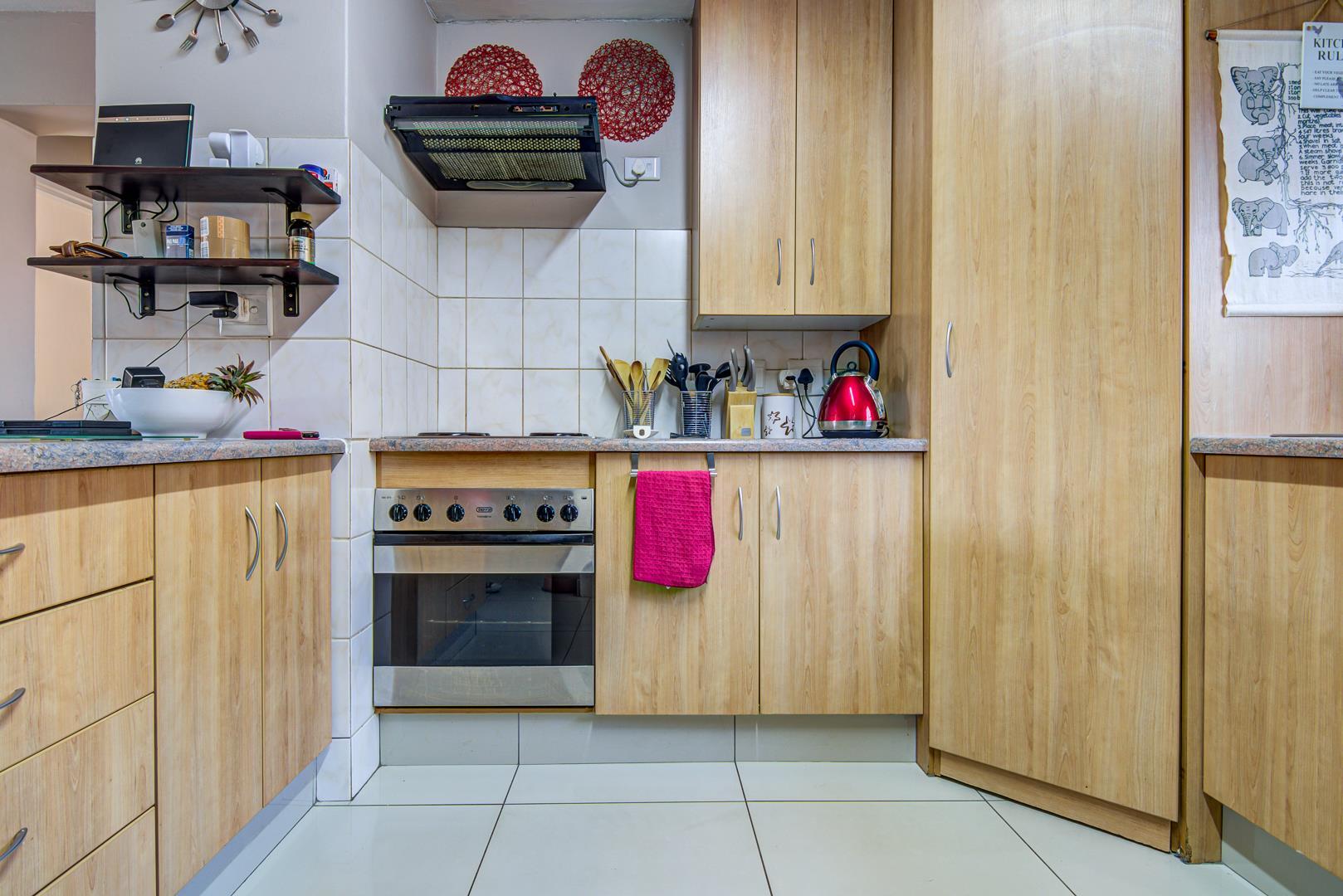 4 Bedroom House For Sale in Bonaero Park