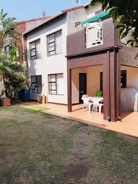 3 Bedroom Townhouse For Sale in Eden Glen
