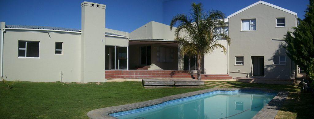 6 Bedroom House For Sale in Fairway Heights
