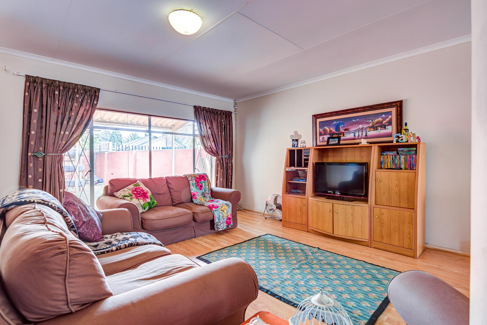 3 Bedroom House For Sale in Birchleigh