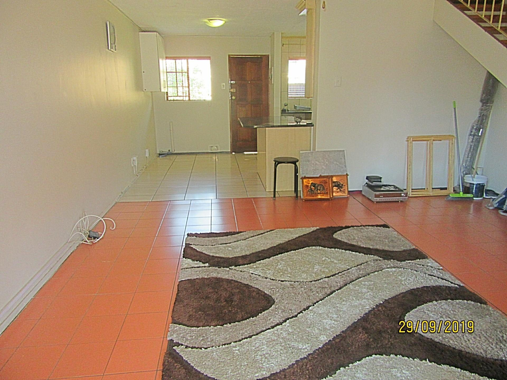 2 Bedroom Townhouse For Sale in Moreleta Park