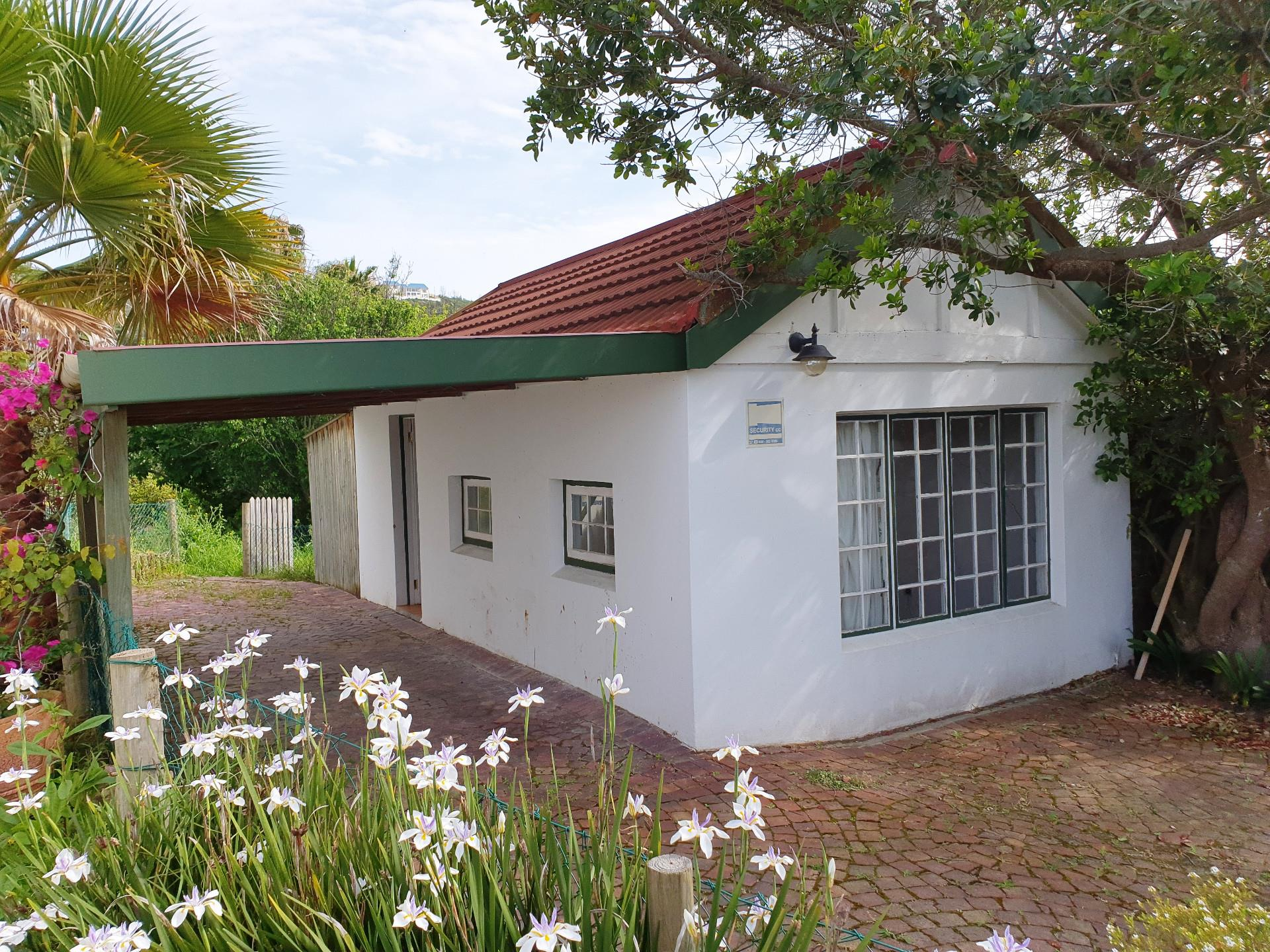 3 Bedroom House For Sale in Knysna Central