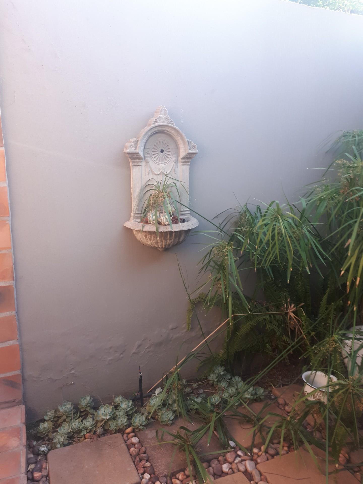 5 Bedroom House For Sale in Witbank Central