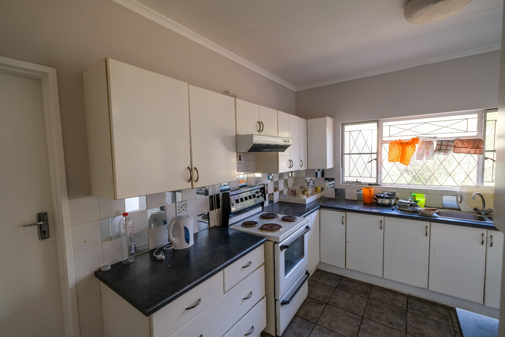 6 Bedroom House To Rent in Somerset Heights