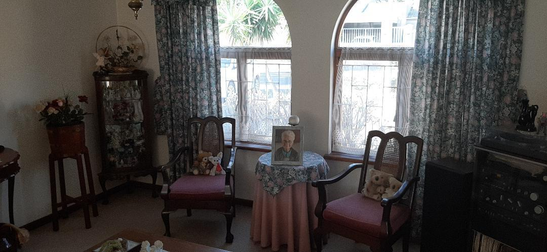3 Bedroom House For Sale in Plattekloof Glen