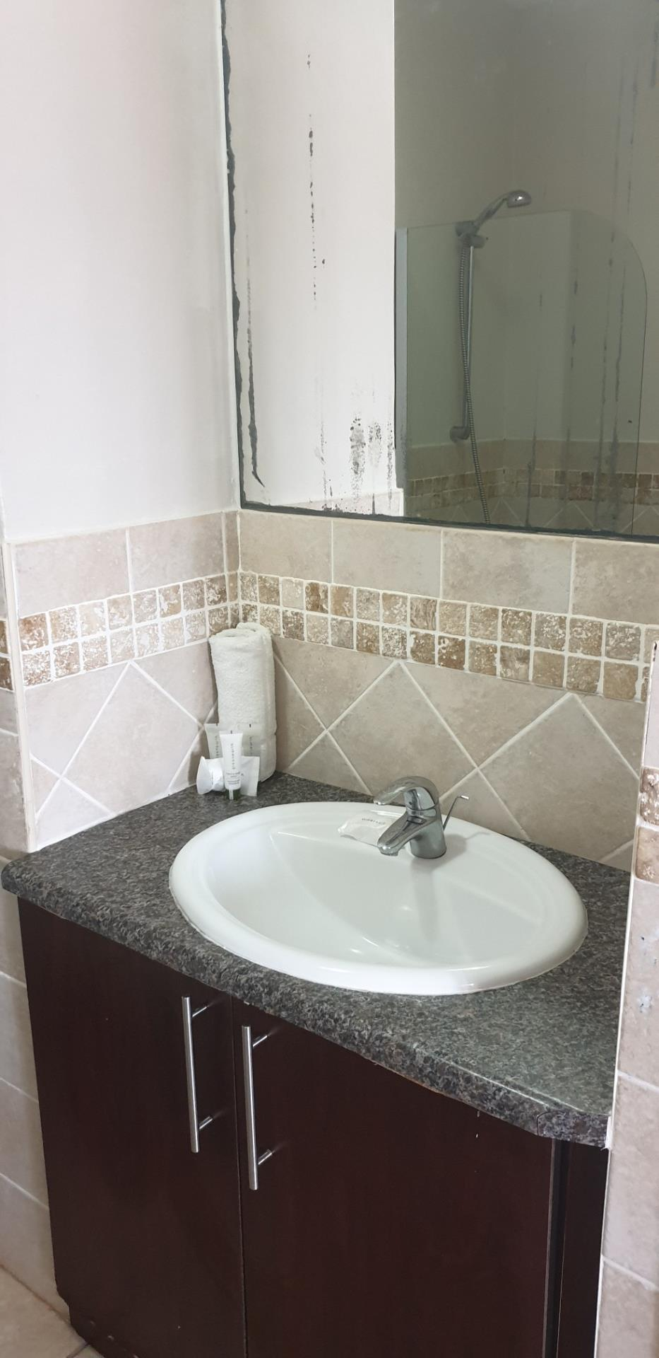 1 Bedroom Apartment / Flat For Sale in Port Edward