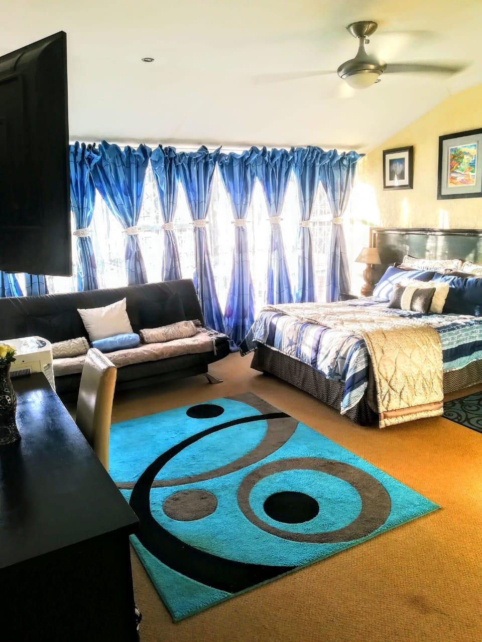4 Bedroom House For Sale in Florida