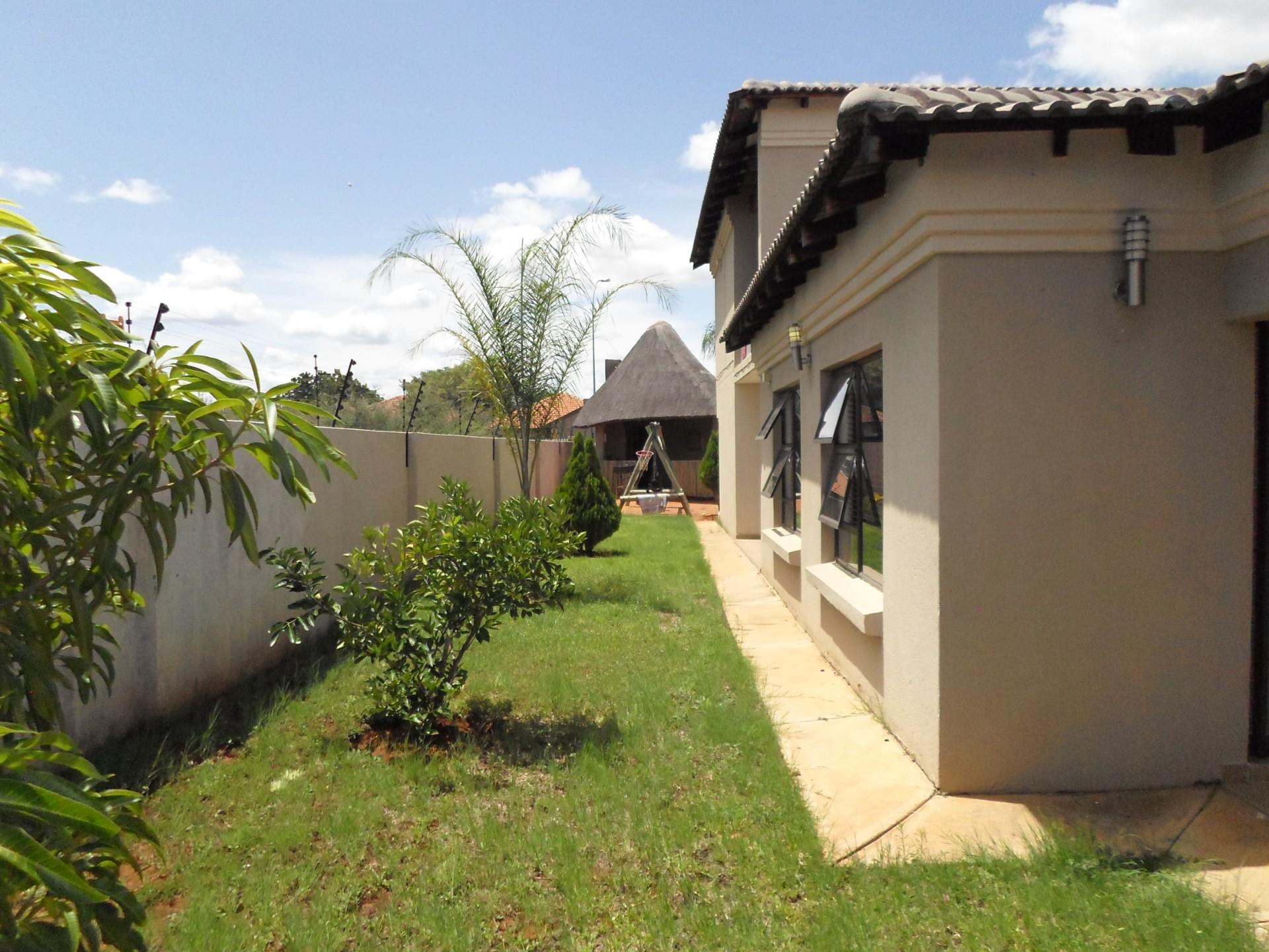 4 Bedroom House To Rent in Lephalale