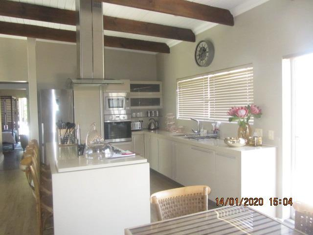 3 Bedroom House To Rent in Knysna Central