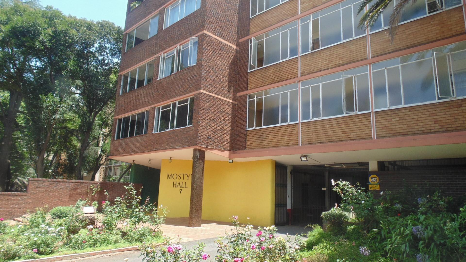 2 Bedroom Apartment / Flat To Rent in Parktown