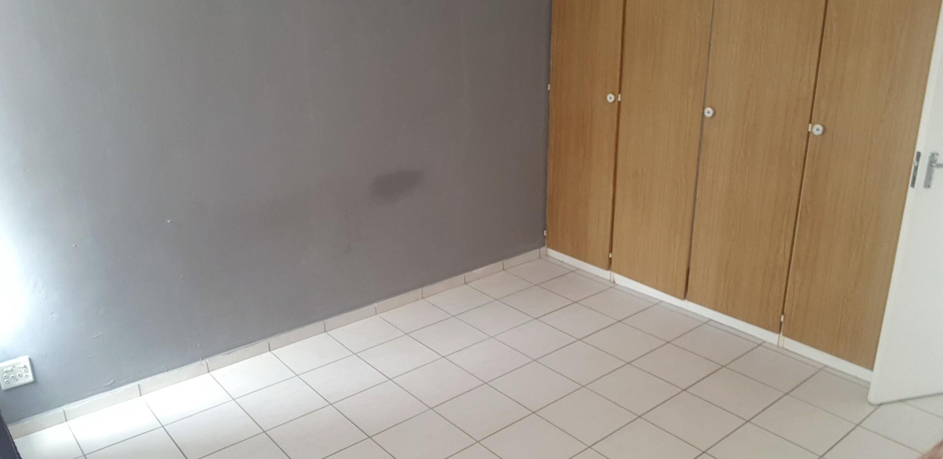 2 Bedroom Apartment / Flat For Sale in Elandshaven