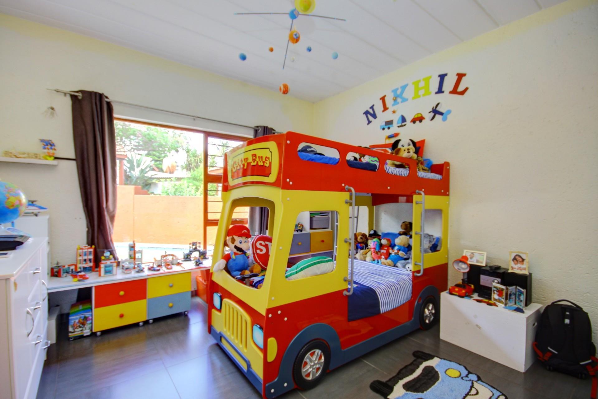2 Bedroom Townhouse For Sale in Boskruin