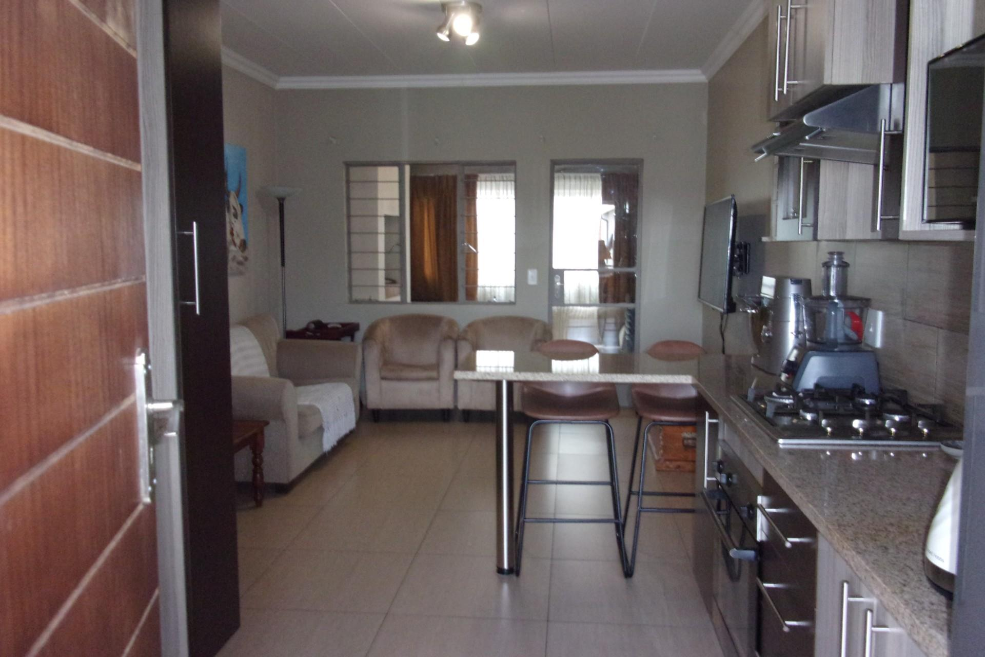2 Bedroom Apartment / Flat For Sale in Moregloed